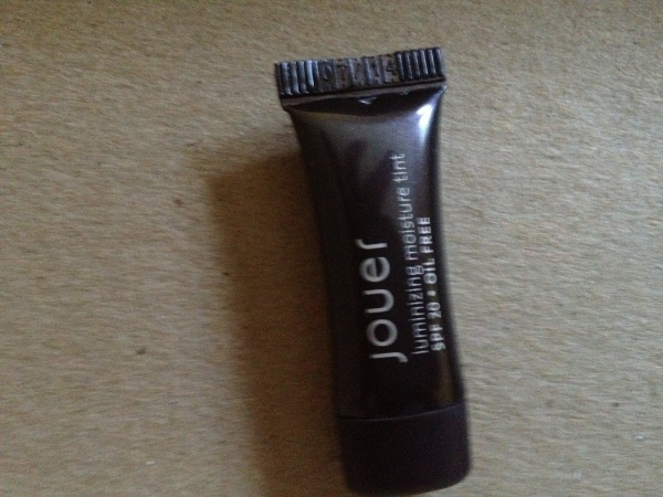 Birchbox June 2012 Jouer